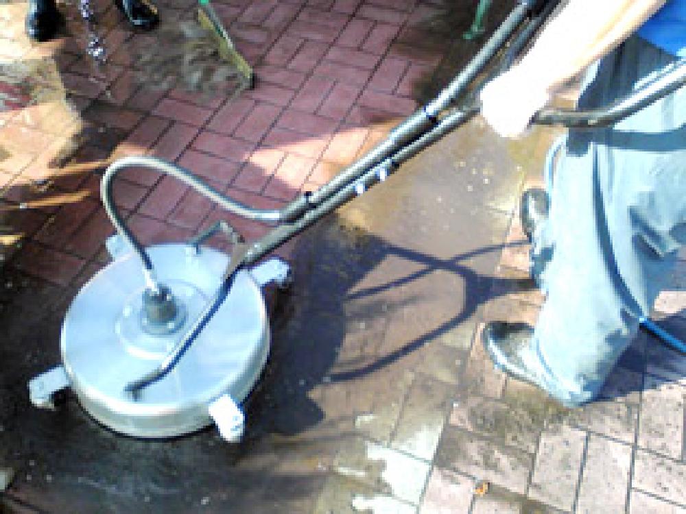 洗浄可能な床材・インターロッキング・遊歩道・駐車場設
